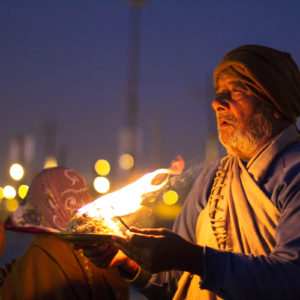 Kumbh faces:some 'diya' portraits of a family!